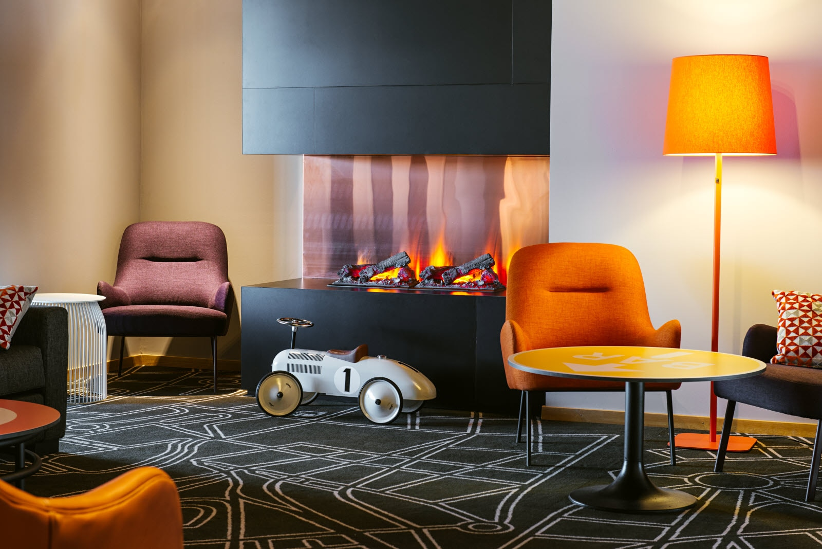 Scandic-Elmia-Interior-lounge-fire-place.jpg