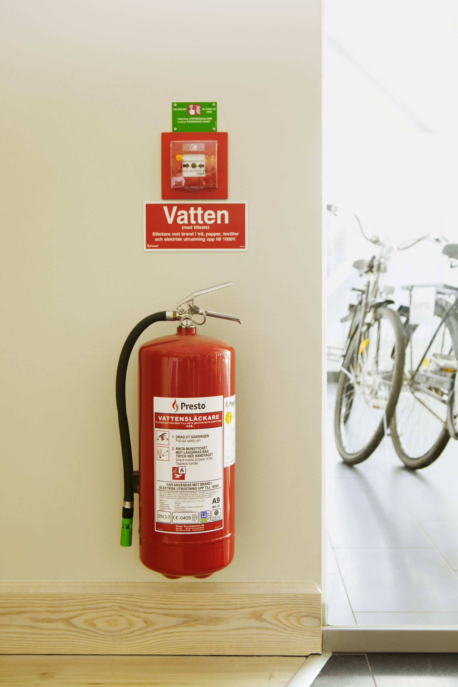Scandic, safety, security, fire, fire extinguisher,