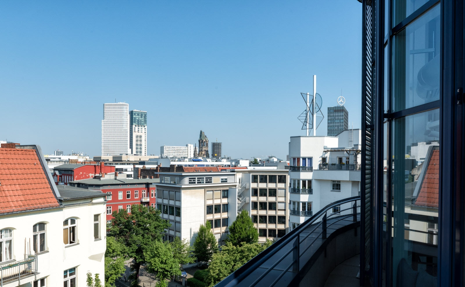 Hotel Scandic Berlin Kurfürstendamm, View, Location, Memorial Church, Kudamm