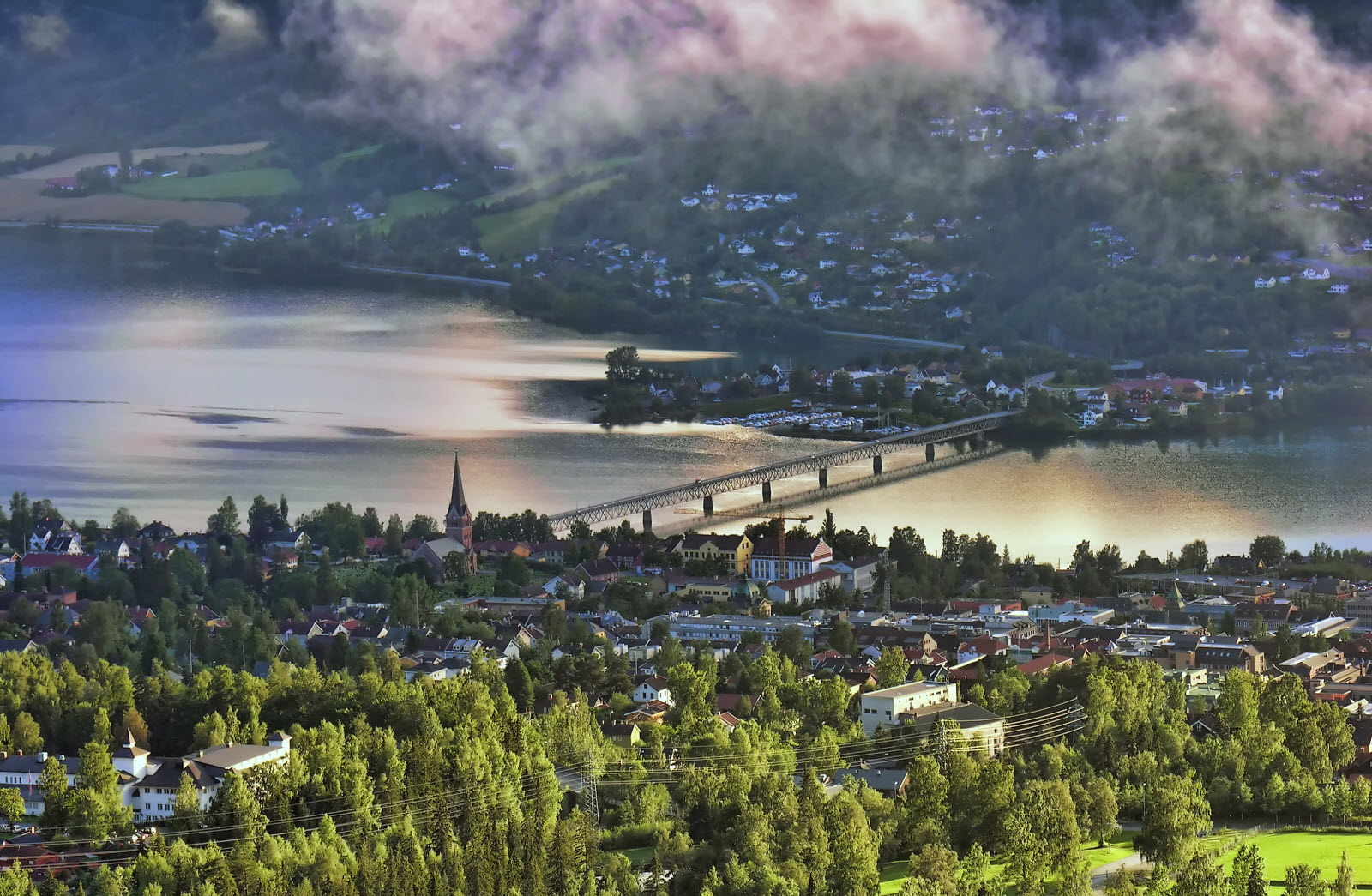 866193-countryside-of-lillehammer-norway-Giovanni_.jpg