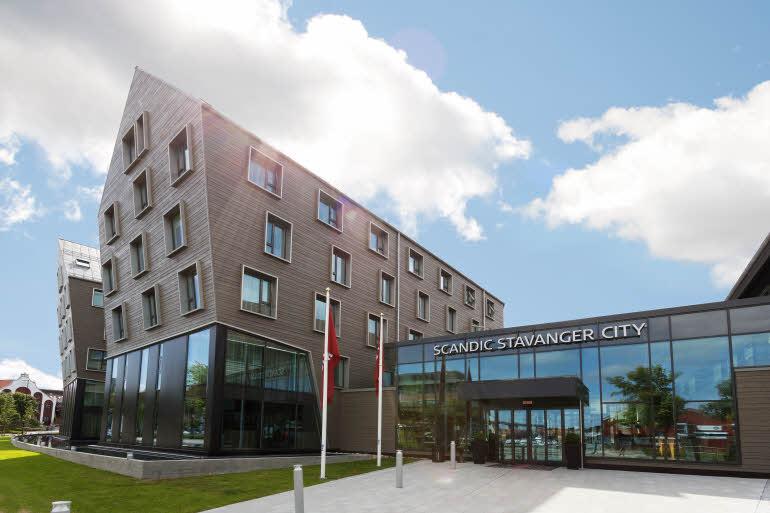 Scandic-Stavanger-City-Exterior-facade-entrance-2.jpg