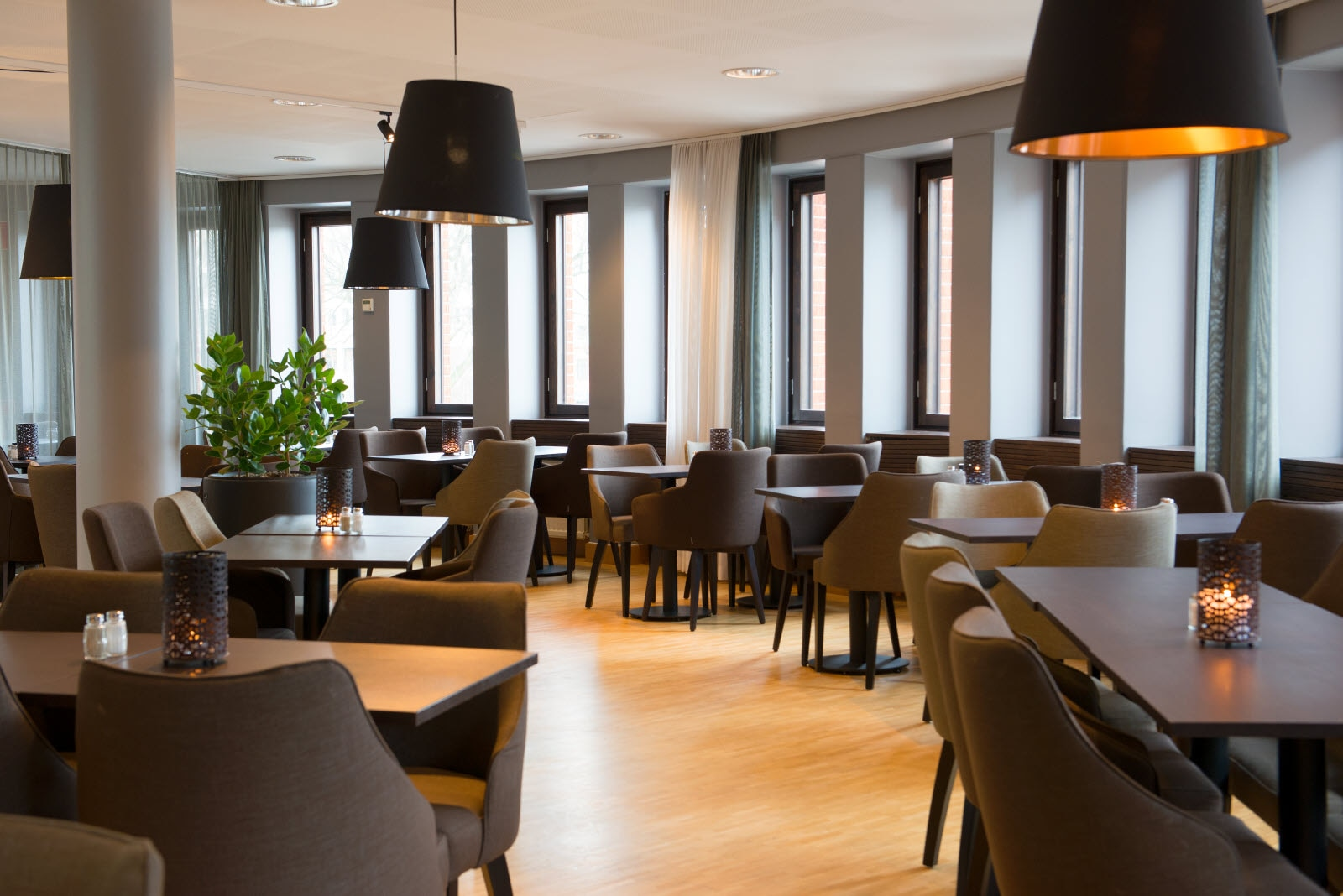 Scandic-Malmo-City-Restaurant.jpg