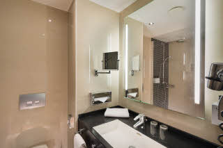Hotel Scandic Berlin Kurfürstendamm, Hotel Room Berlin, Bathroom