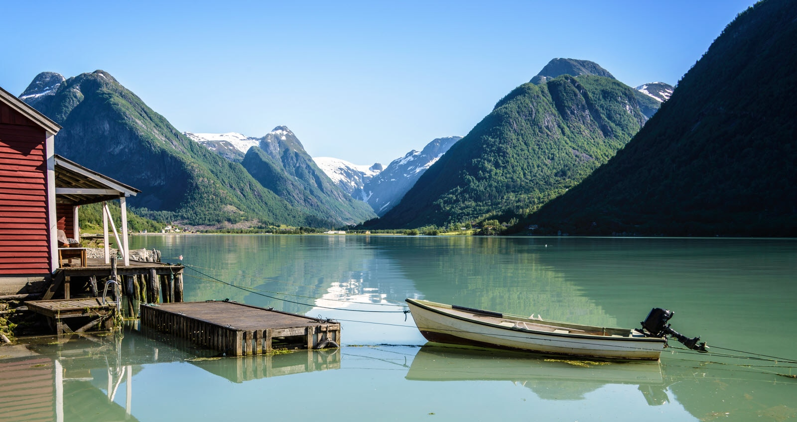 stock-photo-norway-fjord-reflection-94520553_Norwa.jpg