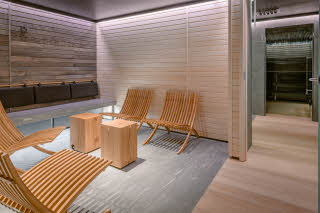 dreassing room sauna marski by scandic hotel helsinki city centre finland