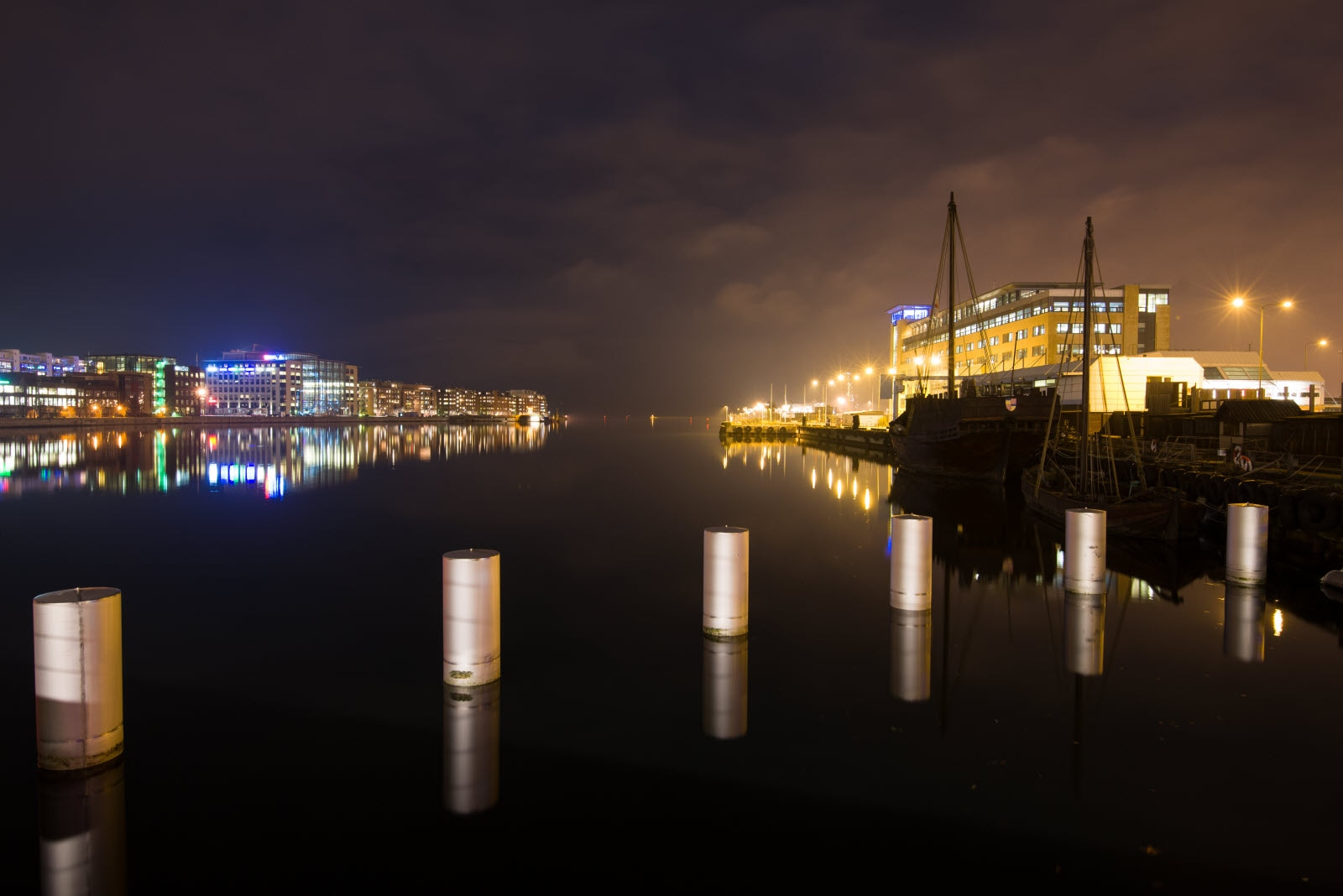 Malmö harbour in the night.