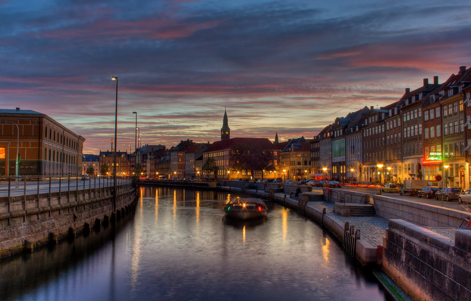 Nyhavn in Copenhagen by night.