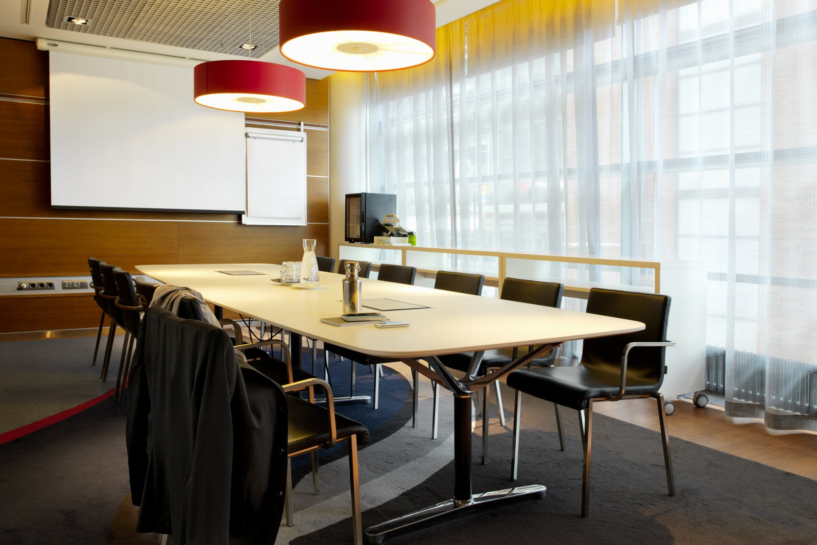 Meeting room, Roba