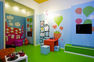 play room, kids area