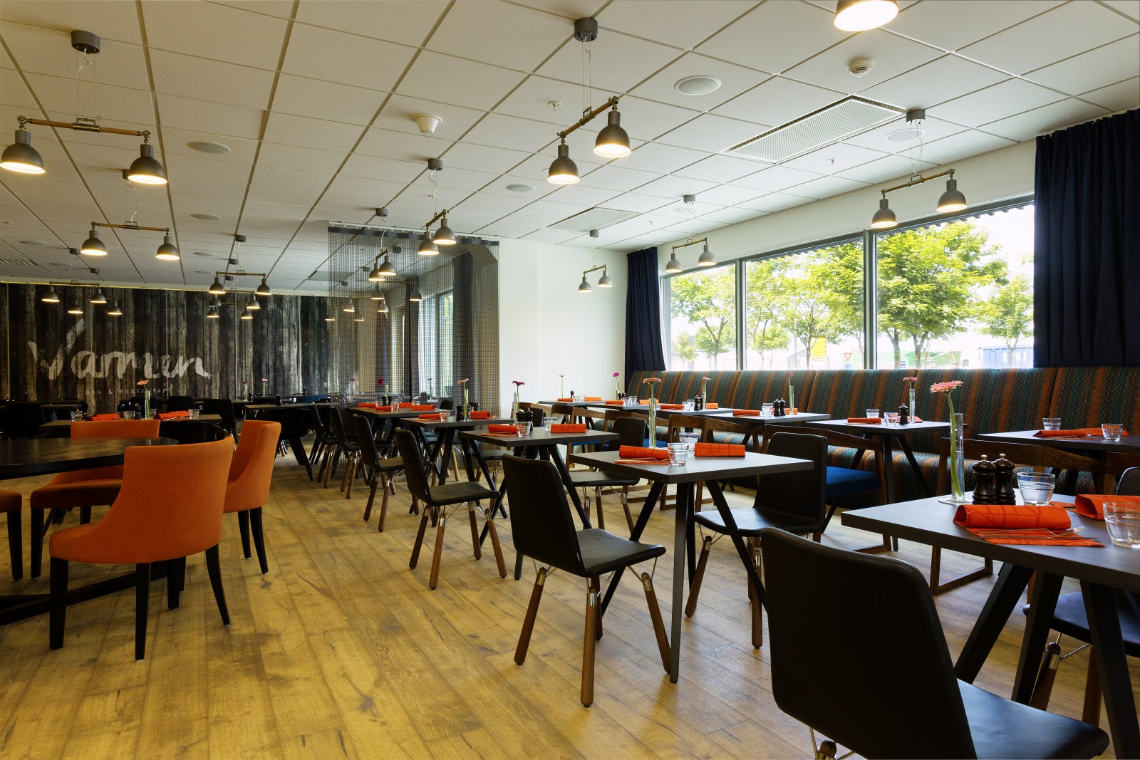 Scandic-Stavanger-City-Interior-restaurant-varmen-.jpg